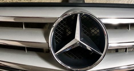 Mercedes Original Front Grill Fit Model (2008 To 2014 ) C Class , c250, 300, 350 for Sale in Lynnwood,  WA