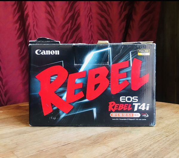 Canon Rebel T4i - AS IS