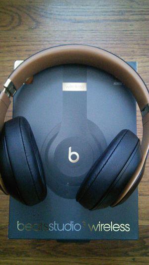 Beatsstudio3 wireless for Sale in Hayward, CA