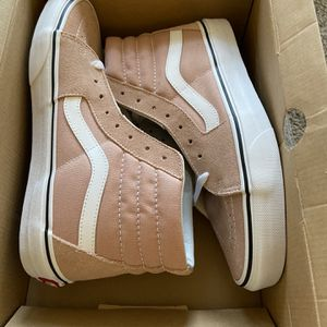 Brand New In Box Women's Vans Size 10 for Sale in Wake Forest, NC