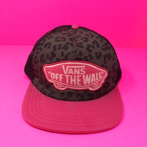 VANS PINK FLAT BACK HAT for Sale in Hyattsville, MD