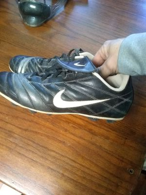 Youth cleats. for Sale in Sullivan, IN