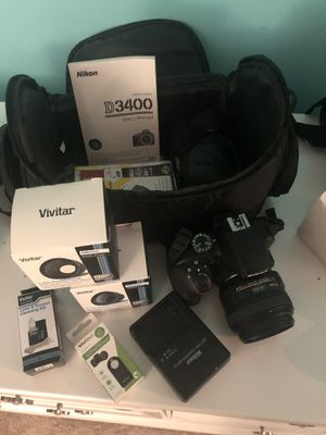 Nikon D3400 digital SLR camera with accessories and extra lenses for Sale in Beverly Hills, CA