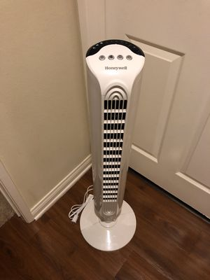 Honeywell Comfort Control Tower Fan, HY-025 for Sale in Burbank, CA
