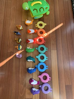 Bath toy organizer/ holder and toys for kids for Sale in South Riding, VA