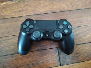 Ps4 controller for Sale in Watertown, CT