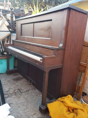 Antique piano for Sale in Anaheim, CA