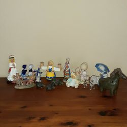 Figurines for Sale in Beaverton,  OR