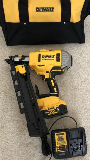 DeWalt 20-Volt MAX Lithium-Ion 21-Degree Cordless Framing Nailer with 4.0 Battery, Charger and Tool Bag for Sale in Hacienda Heights, CA