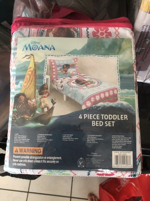 Moana toddler bed set for Sale in Summerfield, FL