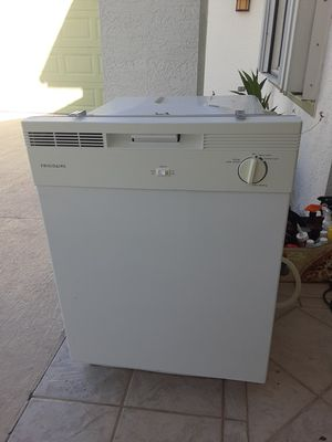 Frigidaire Dishwasher for Sale in Port St. Lucie, FL