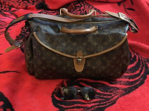 Louis Vuitton Authentic Vintage Shoulder Softie 21 Bag for Sale in Aurora, CO