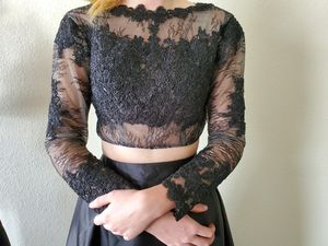 2 Piece Lacey Prom Dress for Sale in Klamath Falls, OR
