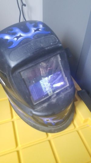 chicago eletric welders mask for Sale in Parma, OH