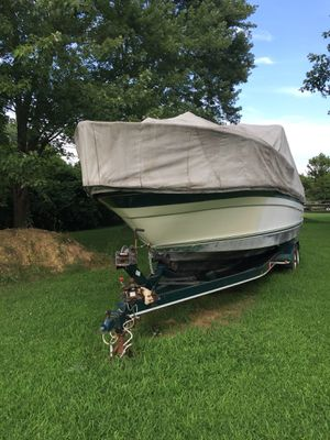 """27 Foot """"Yacht"""" Sea Ray for Sale in Columbus, OH"""