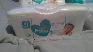 Pampers wipes for Sale in Chicago, IL