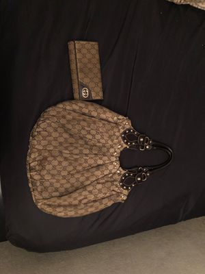 Gucci purse and wallet for Sale in Ontario, CA