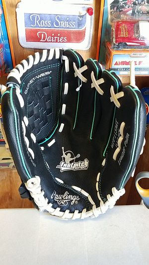 "Fastpitch Softball Glove, 11.5"" for Sale in Whittier, CA"