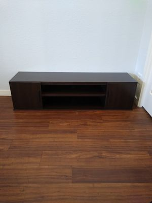 Tv stand - simple modern - Delivery available for Sale in Phoenix, AZ
