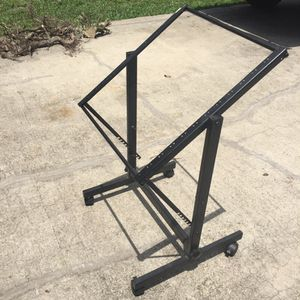 Rolling pedestal pro audio rack for Sale in Tampa, FL