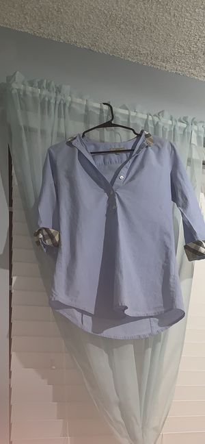 Burberry blouse for Sale in Westminster, CA