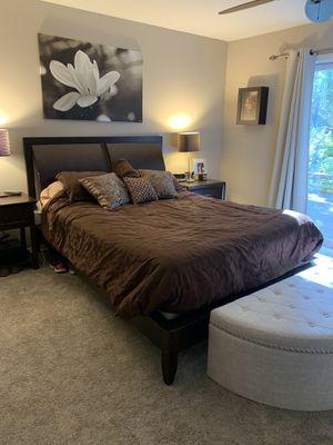 Macy's Queen Bedroom Set for Sale in Snohomish, WA