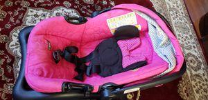 Gratis.. free Cilla para niña y pañalera for Sale in Wheaton, MD