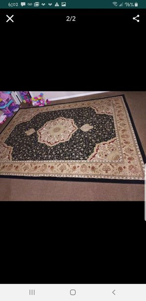 2 rugs living room size for Sale in Dallas, TX