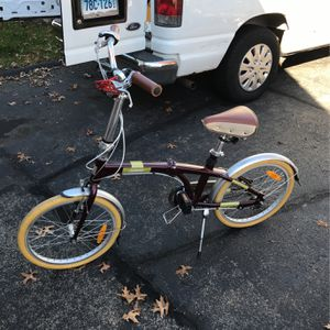 """Citizen Folding Bike With Bag And Pump 20"""" 3speed for Sale in Stamford, CT"""