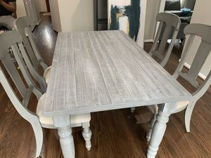 Solid wood dining table for Sale in Silver Spring, MD