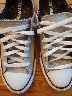 Converse Gym Shoes Size 7 Gray Color for Sale in Glen Ellyn,  IL