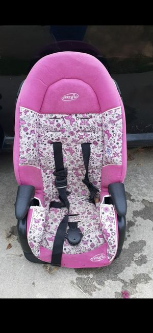 Kids car seat for Sale in San Bernardino, CA