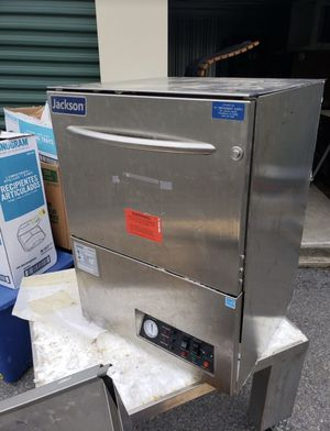 Jackson DISHSTAR LT Rack Undercounter Dishwasher for Sale in Cranston, RI