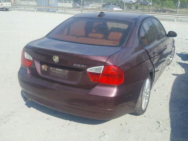 2007 BMW 328 I 3.0L Rear-wheel drive Parts only. U pull it yard cash only.