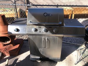 stainless steel Charbroil Gas BBQ, Gas Grill, BBQ grill, Outdoor Large Grill for Sale in Las Vegas, NV