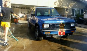 1993 chevy blazer 4❌4 only 140000 miles clean title for Sale in San Diego, CA