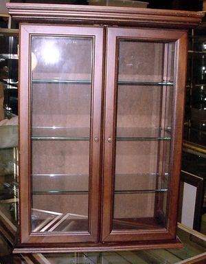 Display case for Sale in Seattle, WA