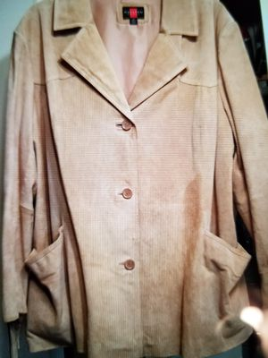 Woman's Fringed Leather Coat Sz. 3X for Sale in Noblesville, IN