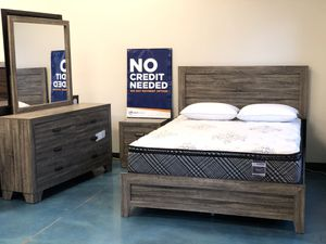 Grey Queen Bedroom Furniture Set! for Sale in Albuquerque, NM