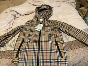 Burberry windbreaker for Sale in Dracut, MA