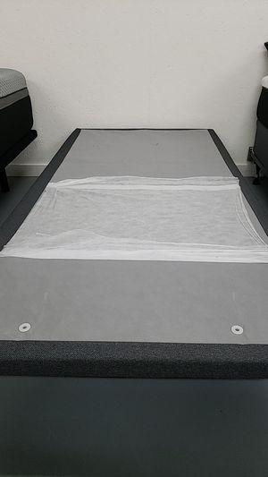 Adjustable bed base, twin XL, floor model for Sale in Melbourne, FL