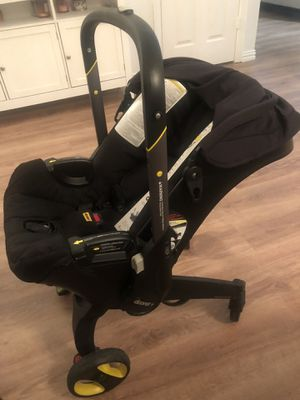 Doona Car Seat/ Stroller Good Condition for Sale in Garland, TX