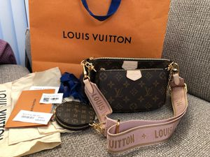 The best Christmas gift NEW! Louis Vuitton multi - pochette for Sale in Seattle, WA