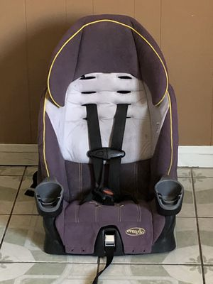 EVENFLO CAR SEAT AND BOOSTER SEAT for Sale in Riverside, CA