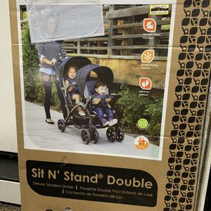 Baby Trend Sit N' Stand Double Stroller for Sale in Vancouver, WA
