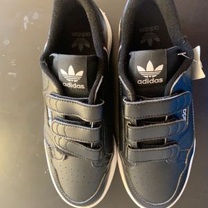 Brand New Big Kids Adidas Running Shoes-Size 5 1/2. for Sale in Bothell, WA