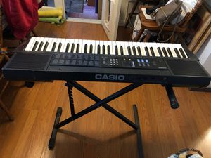 Casio touch response keyboard for Sale in Antelope Hills, WY