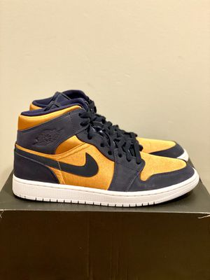 Air Jordan 1 Mid SE Size 11 Men's Basketball Shoes for Sale in Eden Prairie, MN