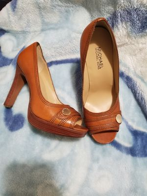 Michael Kors size 61/2 for Sale in Fresno, CA