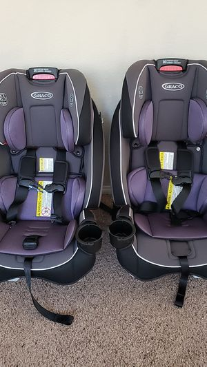 Graco Slim-fit 3-1 convertible car seats for Sale in Murrieta, CA